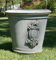 Bellemeade Fine Cast Planter