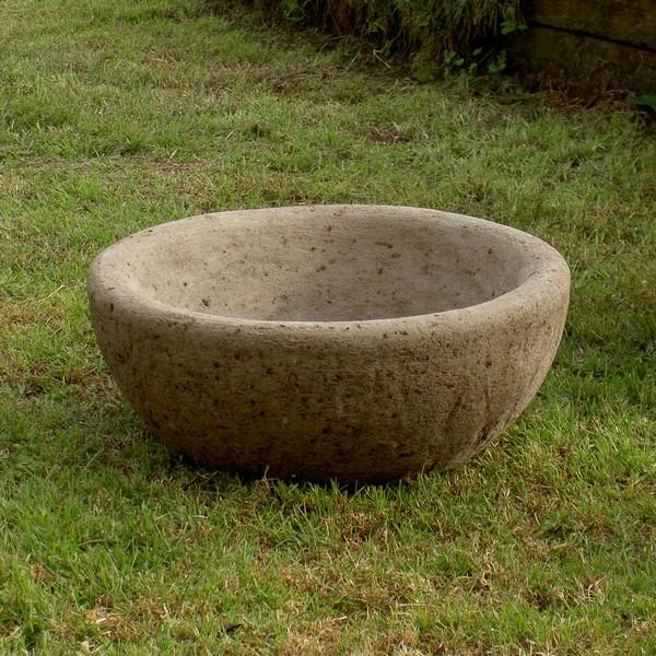 Outdoor Trough Sink : ... Garden Hypertufa > English Farm Sink Round Garden Trough Planter