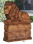 Grand Lion (Facing Left) Garden Statue
