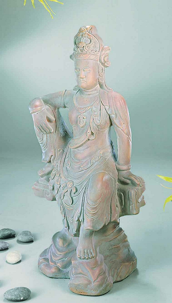Seated Quan Yin Chinese Garden Statue p 3274 on kitty cat sprite