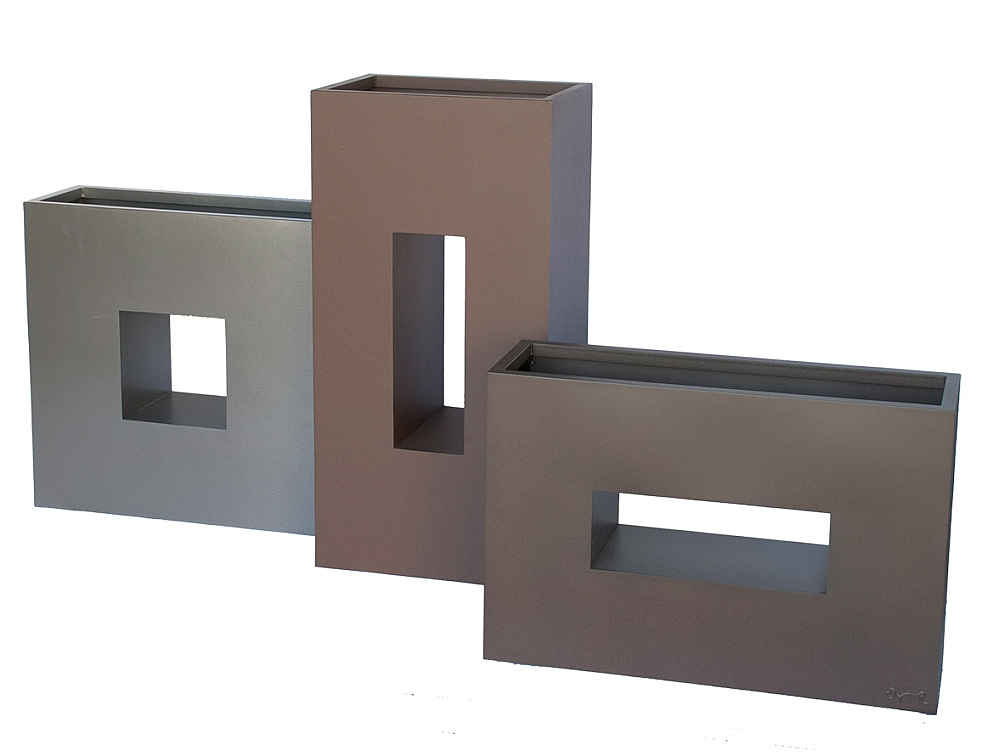 Vertical recycled metal eco friendly window box planter for Vertical planter boxes