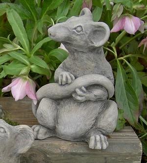 Ratsmore Rat Decorative Garden Sculpture