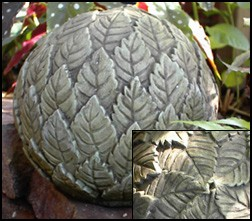 Leaf Ball Garden Finial